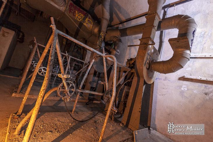 Vélo tandem pour la ventilation de l'abri bunker Lefebvre à Paris