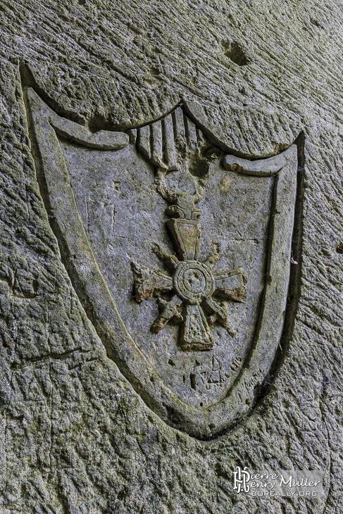 Croix de guerre 1914-1918 en sculpture