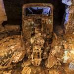 Epave de Traction 11 légère vue de face dans la carrière souterraine Dédé