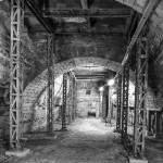 Consolidation en arches et poutrelles métalliques de chemin de fer