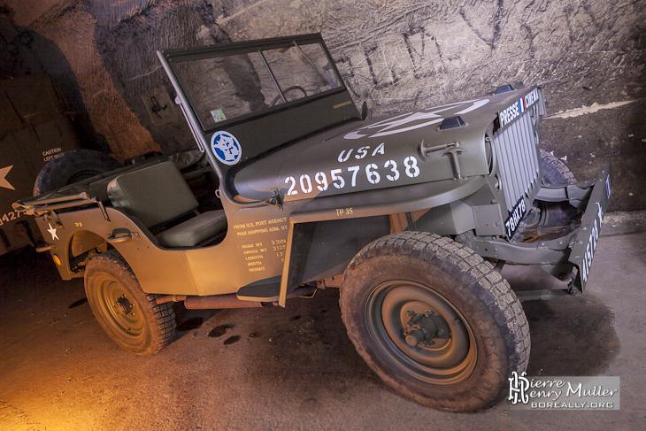 Jeep willys Presse Cinéma dans la carrière du PC de l'Otan