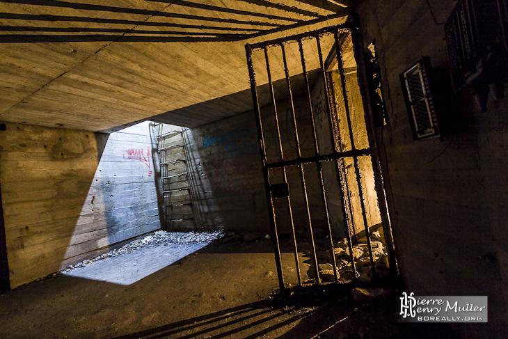 Puits De Lumi Re Dans Le Bunker De L 39 Otan Boreally