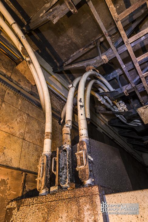 Réseau de messagerie pneumatique au bunker de l'Otan