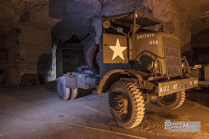 """Tracteur International H542-11 """"pont de la briche"""""""
