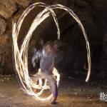 Jongleur avec sphère de feu à Vaux sur Seine Proverbes