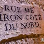 Plaque gravée rue de Biron côté du nord dans les catacombes de Paris