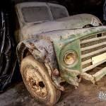 Camion Citroen abandonné dans une carrière de champignonniste