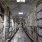 Allée de la crypte de Laeken à Bruxelles
