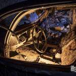 Intérieur d'une voiture abandonnée dans la carrière Les Lions