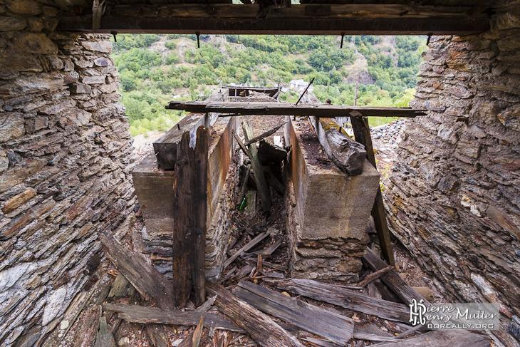 Gare de téléphérique pour le minerais de fer en Espagne