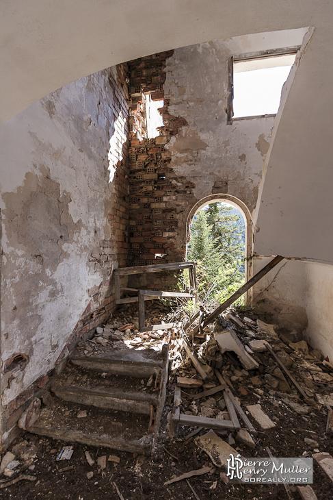 Intérieur des anciens bâtiments des mineurs