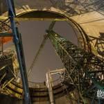 Grue du puits central depuis sa base