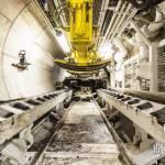 Plate-forme de déchargement des voussoirs sur le train suiveur du tunnelier