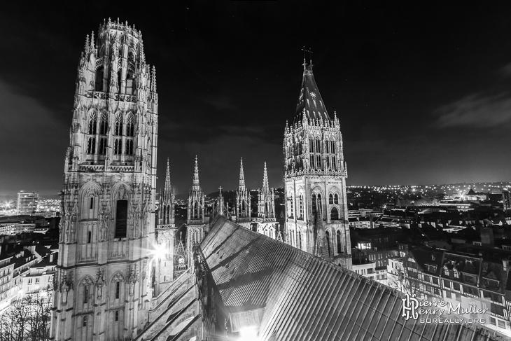 Cathédrale de Rouen de nuit