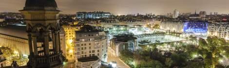 Châtelet les Halles avec derrière le Centre Pompidou Beaubourg et les toits de Paris de nuit depuis Saint Eustache....