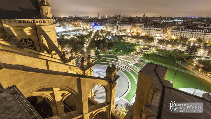 Panoramique de Châtelet les Halles depuis le toit de Saint Eustache de nuit