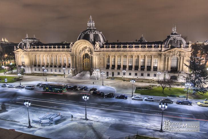 Petit palais de nuit en tthdr depuis le toit du grand palais boreally - Expo le grand palais ...