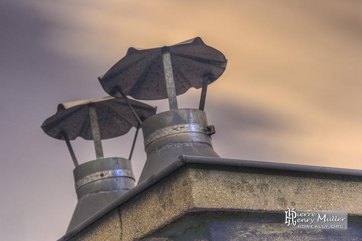 Petite cheminées sur le toit du Grand-Palais en TTHDR