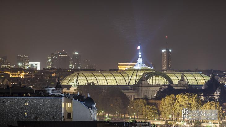 Le Grand Palais, le quartier de la Défense vue des toits du Musée d'Orsay
