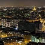 Quartier des Invalides et toits de Paris de nuit vu du quartier Beaugrenelle