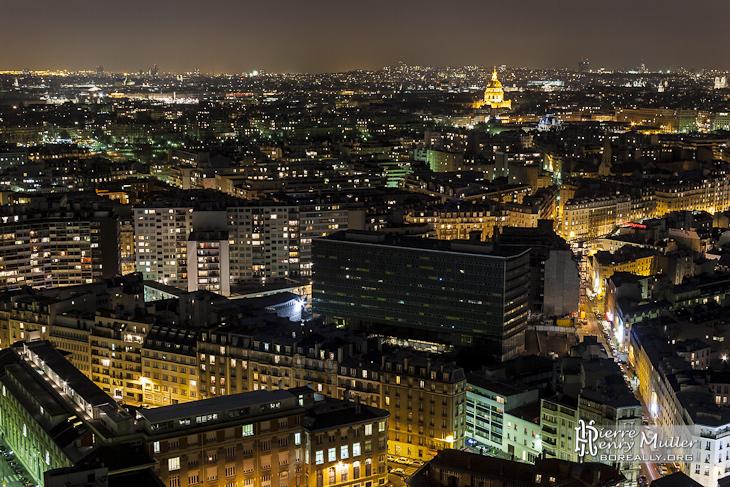 Quartier des invalides et toits de paris de nuit vu du quartier beaugrenelle - Visite des toits de paris ...