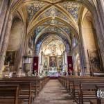 Intérieur de l'église Saint-Michel à Cordes sur Ciel en vue paysage en HDR