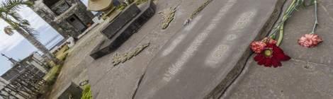 Buste et tombe de Leconte de Lisle à la Réunion