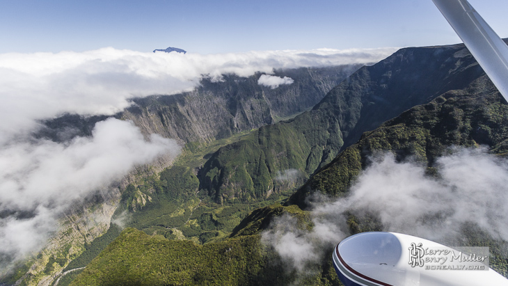 Canyon de la Plaine des Remparts vue du ciel à la Réunion