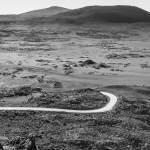 Plaine des sables en direction du Piton de la Fournaise en N&B